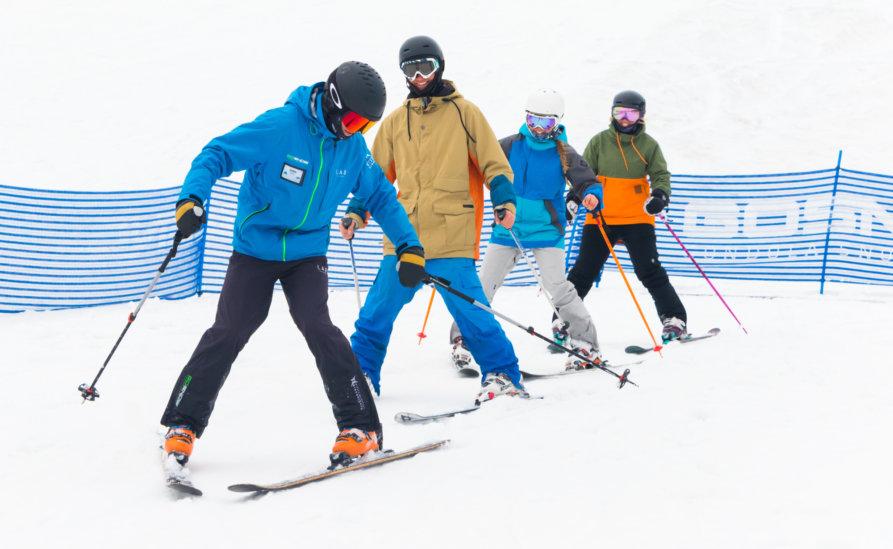 Go Snow Adult Group Lesson 31