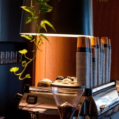 Cafe Deli Summer 2019 Interior Lr 435