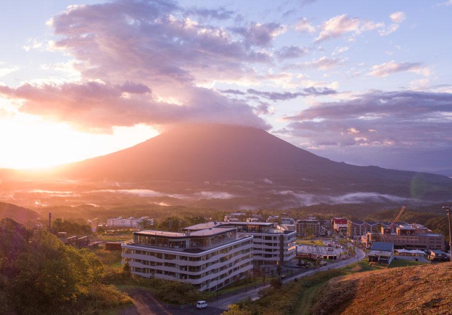 Skye Niseko Exterior Summer Sunset Low Res 4