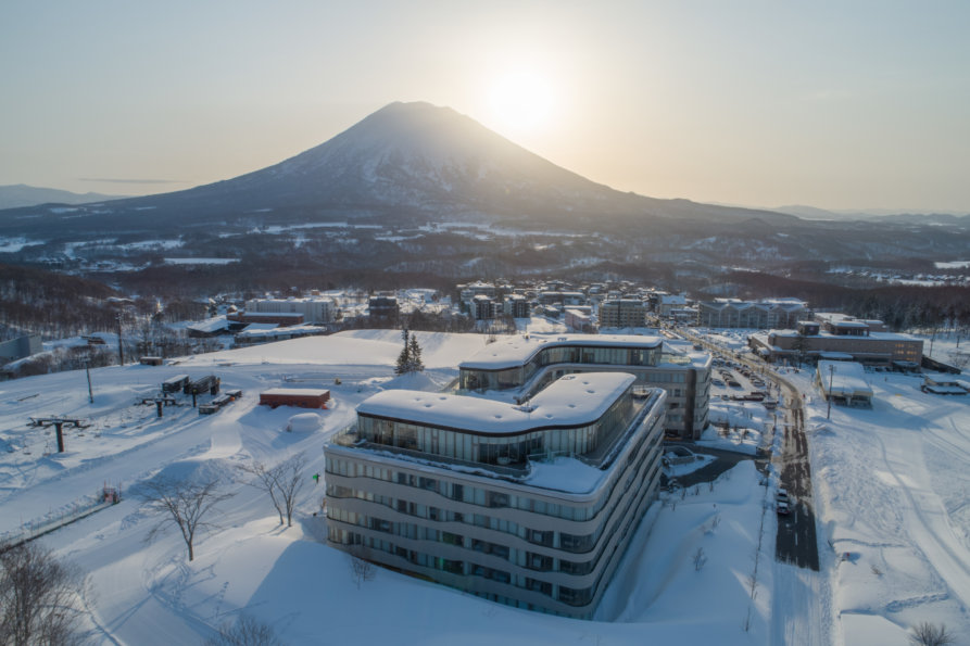 Skye Niseko Exterior Winter Feb 2019 Lr 60