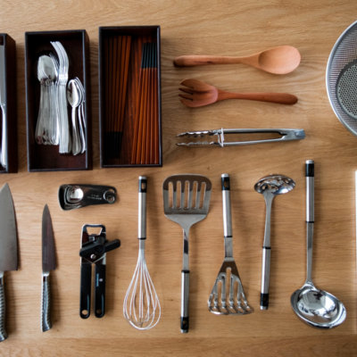 Restaurant quality cooking and kitchen utensils.