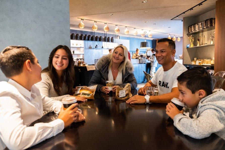 Luxe Family Travel Lr 11