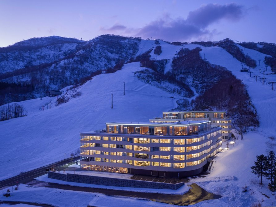 Skye Niseko Exterior Winter Feb