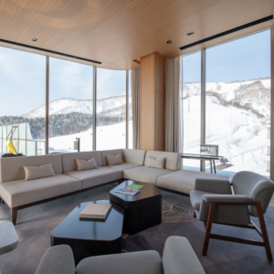 Skye Niseko Interior Yotei West Living Room Low Res 2