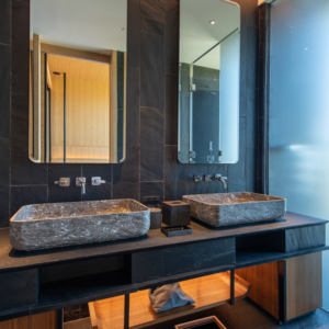 Large bathrooms with all the features you will ever need.