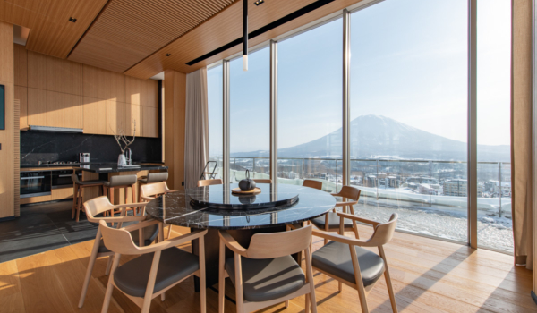 Enjoy morning Yotei views from the living room.